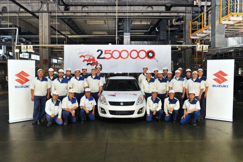 2,5-millionster Suzuki rollt im Werk Esztergom vom Band
