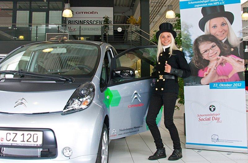 Citroën unterstützt Social Day der Schornsteinfeger mit Elektrofahrzeug C-Zero