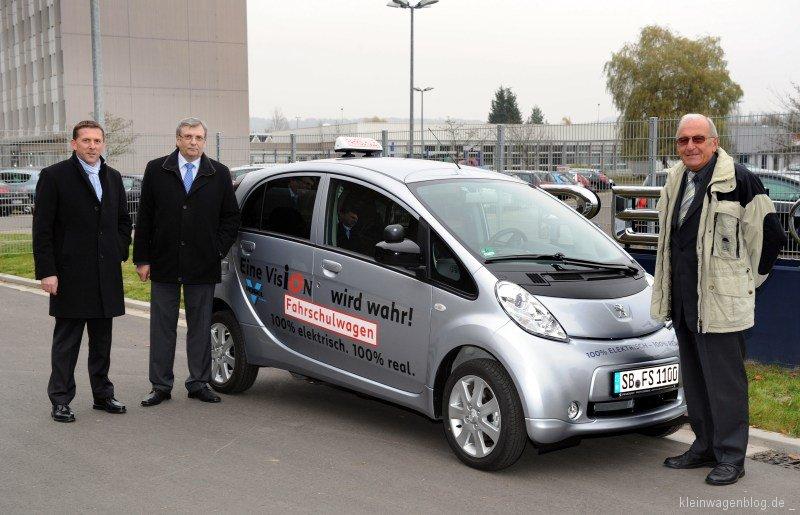 Peugeot i0n für Fahrlehrerverband Saar