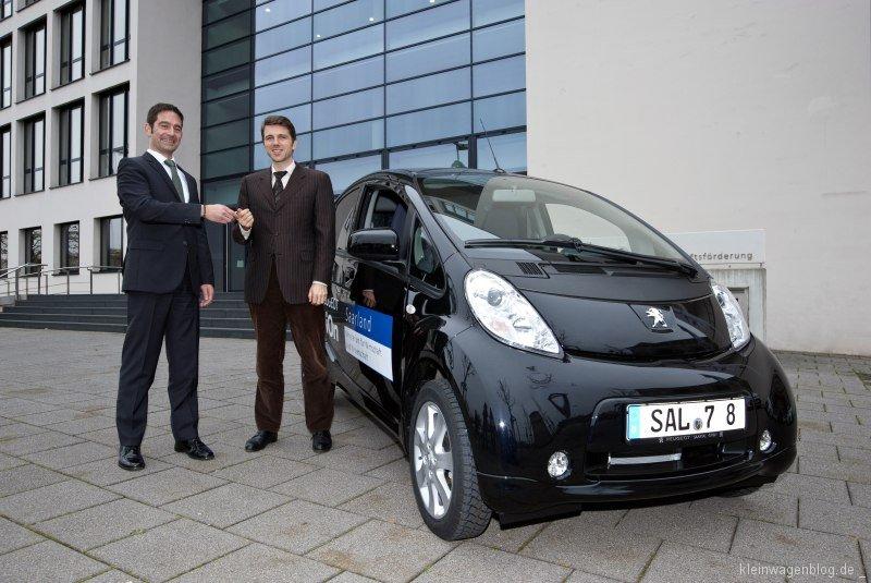 Peugeot i0n für Saar-Wirtschaftsministerium