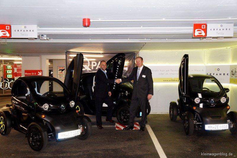 """Renault übergibt vier Twizy an das Projekt """"Erfahre Hamburg"""""""