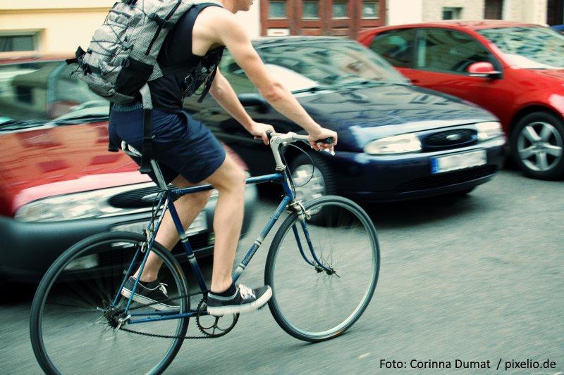 Sicherheitsabstand beim Überholen von Radfahrern