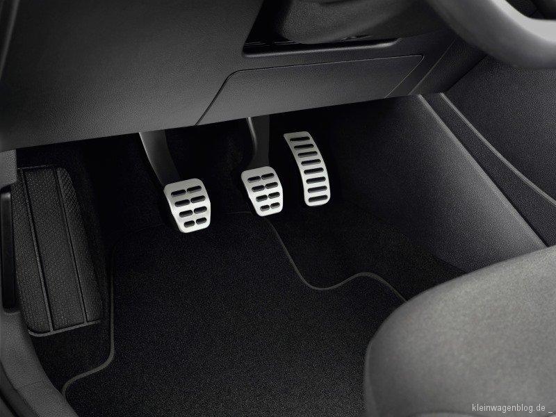alfa romeo mito auf dem 82 genfer automobilsalon. Black Bedroom Furniture Sets. Home Design Ideas
