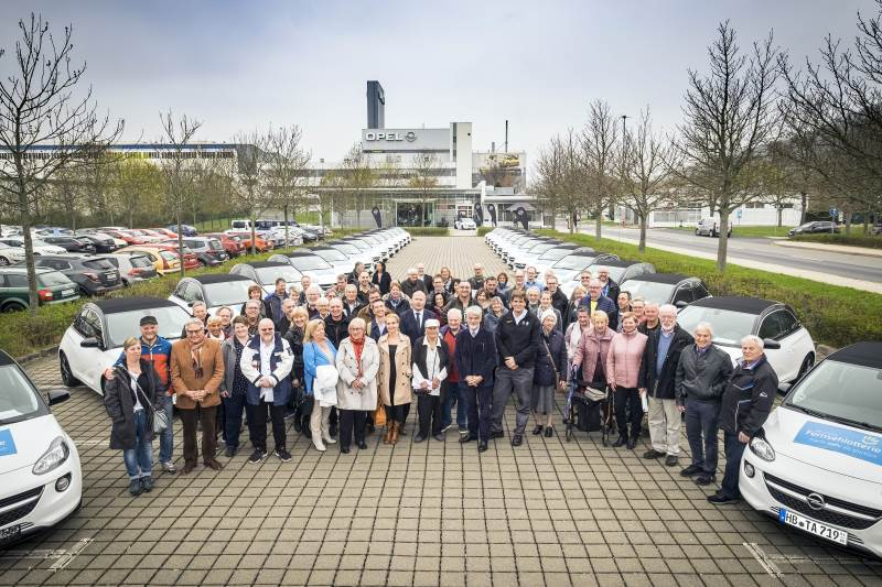50 Opel ADAM OPEN AIR für Fernsehlotterie-Gewinner