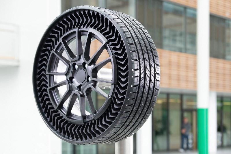 Michelin Uptis: Europapremiere für luftlosen Konzeptreifen