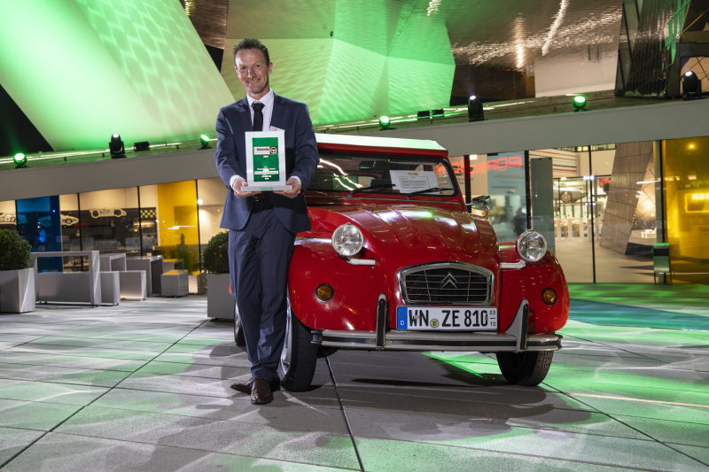 """Auto Bild Klassik: Citroën 2CV zum """"Klassiker des Jahres"""" gekürt"""