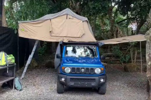 Suzuki Jimny mit Dachzelt