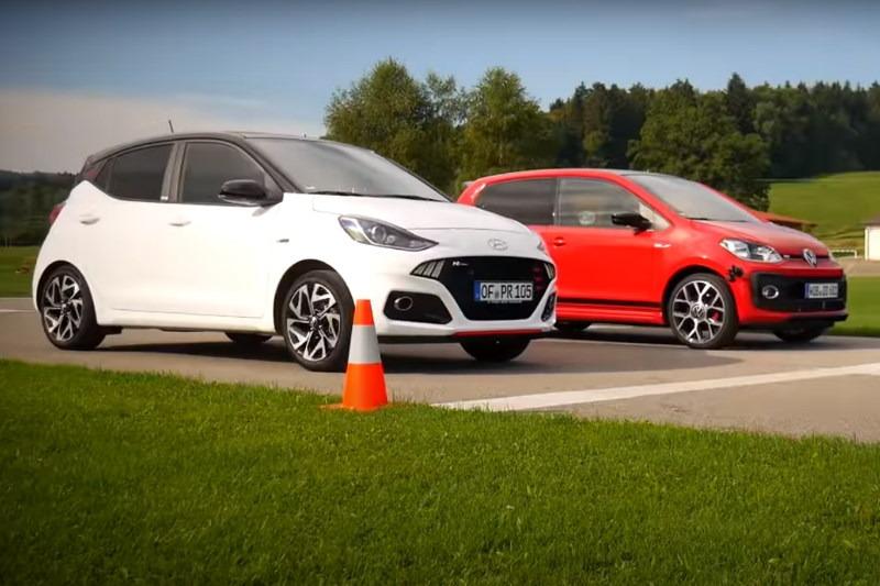 Video: Duell der Mini-Knallbüchsen! | VW up! GTI vs. Hyundai i10 N-Line | Fahr doch