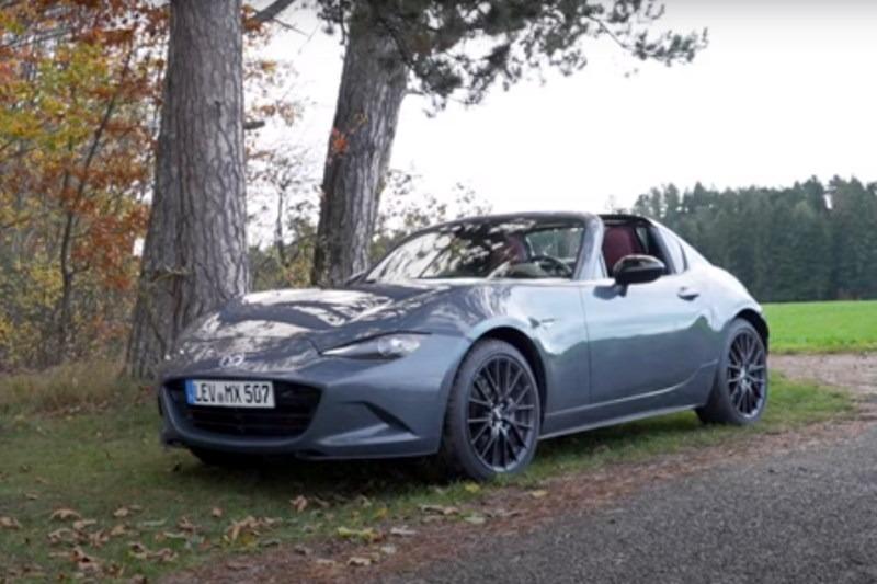 Video: Mehr Spaß für den Preis geht nicht? 2020 Mazda MX-5 RF | Fahrbericht | BlackForestDrive