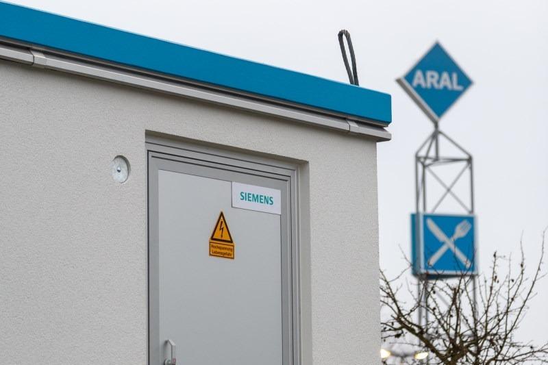 Aral und Siemens machen Tankstellen fit für Mobilität der Zukunft