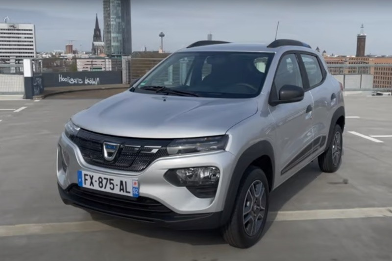 Video: Dacia Spring Electric | Deutschlands günstigstes Elektroauto?! | Fahrbericht | the car crash review