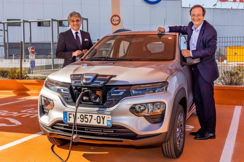 Dacia Spring in Frankreich an Autovermieter E.Leclerc ausgeliefert