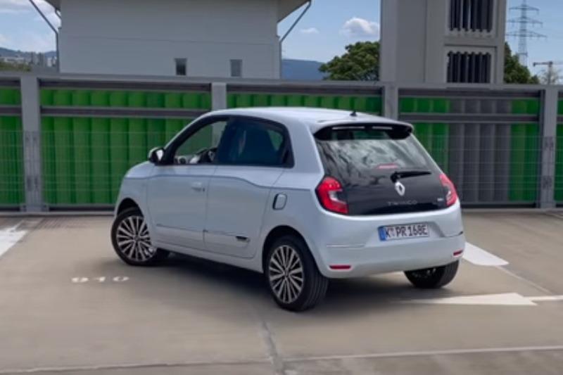 Video: Renault Twingo Electric | Elektroauto ab 13.790 Euro | Test | the car crash review