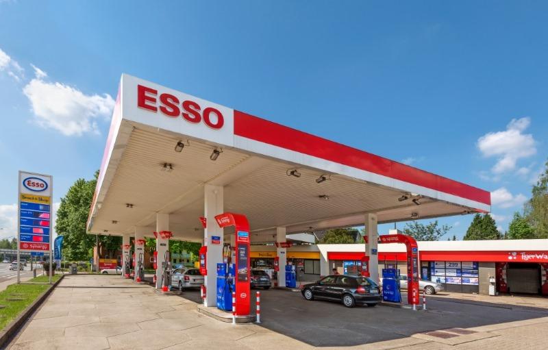 Esso stattet 500. Station mit Synergy-Markenauftritt aus