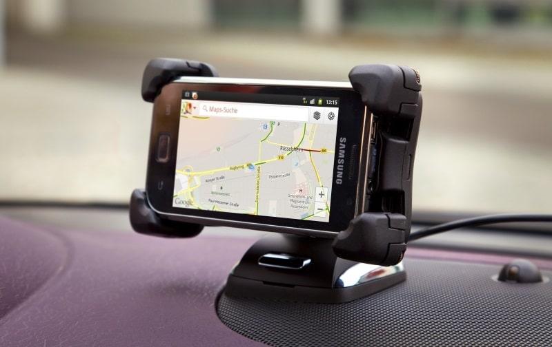 Frei sprechen: Mit Opel-Infotainment vernetzt auf Fahrt